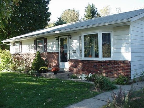 3657 N Saucon Ave, Center Valley, PA 18034