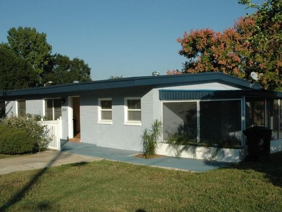 1241 S Evergreen Ave, Clearwater, FL 33756