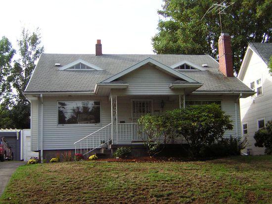 3924 NE Laddington Ct, Portland, OR 97232