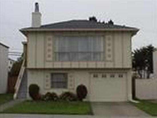 236 Gateway Dr, Pacifica, CA 94044