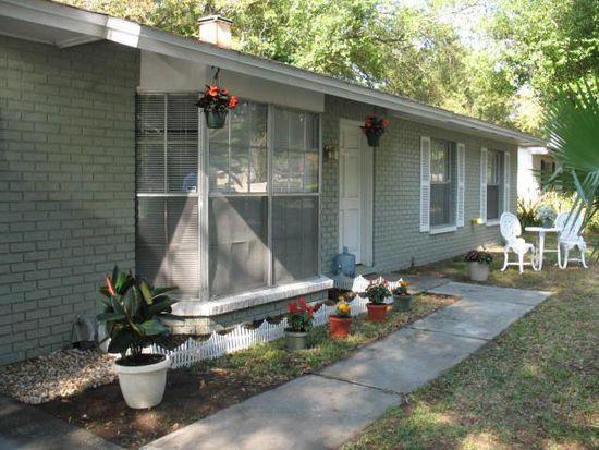 310 Greenview Dr, Brandon, FL 33510