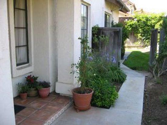 1738 Willowspring Dr N, Encinitas, CA 92024