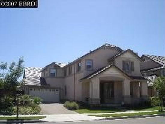 552 Young Dr, Brentwood, CA 94513