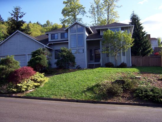8402 SE Clatsop Ct, Portland, OR 97266