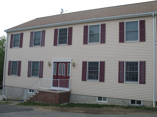 68 Franklin St, Peabody, MA 01960