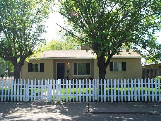 2098 18th Ave, Sacramento, CA 95822