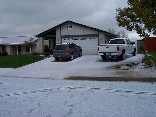 2565 Rosemary Ln, San Bernardino, CA 92407