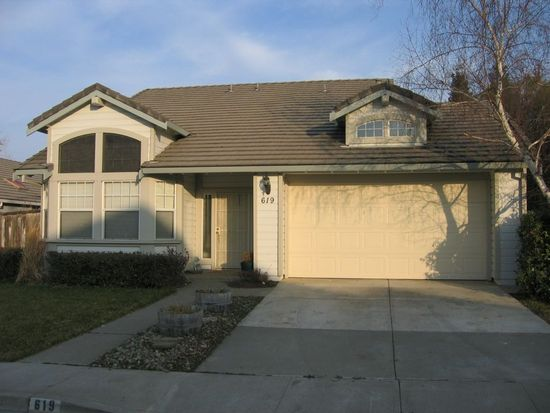 619 White Oak Ln, Vacaville, CA 95687