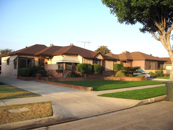 8222 De Palma St, Downey, CA 90241