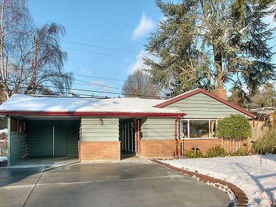 3220 SW 113th St, Seattle, WA 98146