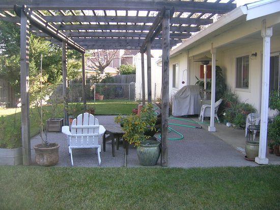531 Amanda Ct, Vacaville, CA 95687