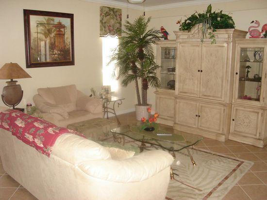 8143 Woodridge Pointe Dr, Fort Myers, FL 33912