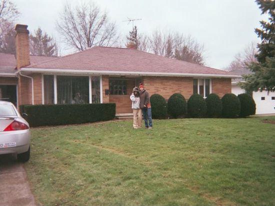 13565 Settlement Acres Dr, Brookpark, OH 44142