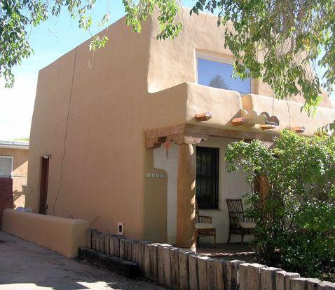 1461 Cochiti St, Santa Fe, NM 87505