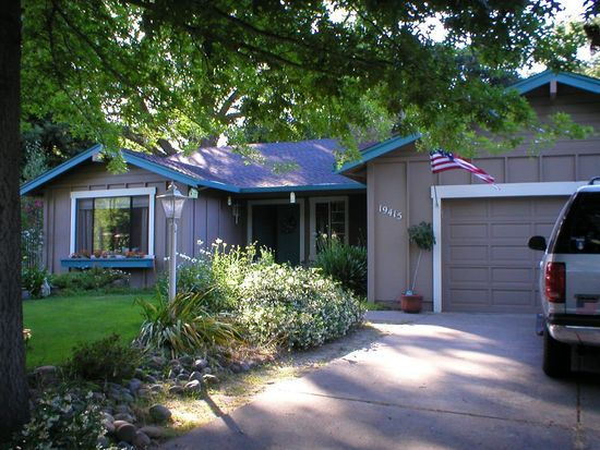 19415 Sleepy Hollow Ct, Sonoma, CA 95476