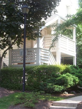 7747 Willow Point Dr # 7747, Falls Church, VA 22042