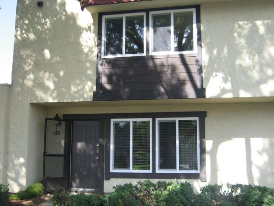 8613 La Riviera Dr APT B, Sacramento, CA 95826