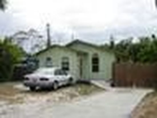 304 Kingston Dr, Fort Myers, FL 33905