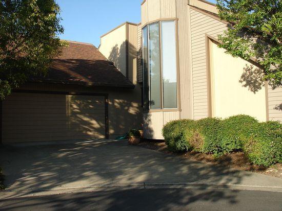 1445 Capri Ave, Petaluma, CA 94954