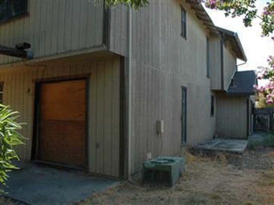 1379 Colfax Dr, Woodland, CA 95776