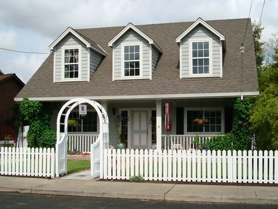 591 Topaz St, Redwood City, CA 94062