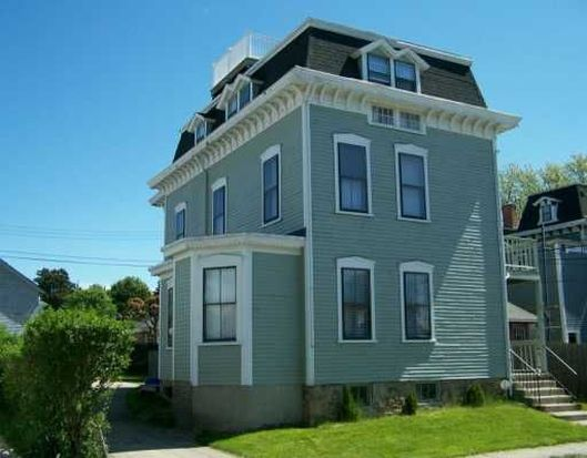 5 Clinton Ave UNIT 2, Newport, RI 02840