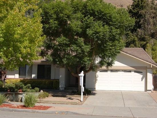 38620 Canyon Heights Dr, Fremont, CA 94536