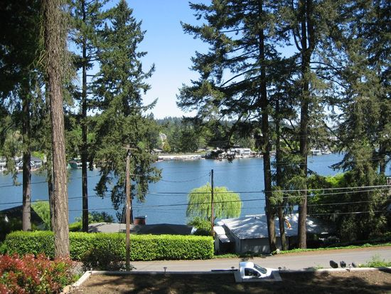 547 Middlecrest Rd, Lake Oswego, OR 97034