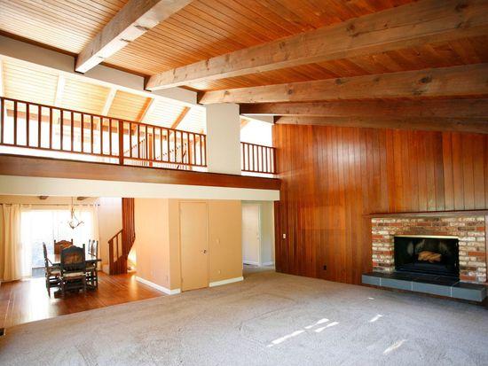 79 Southbank Rd, Carmel Valley, CA 93924