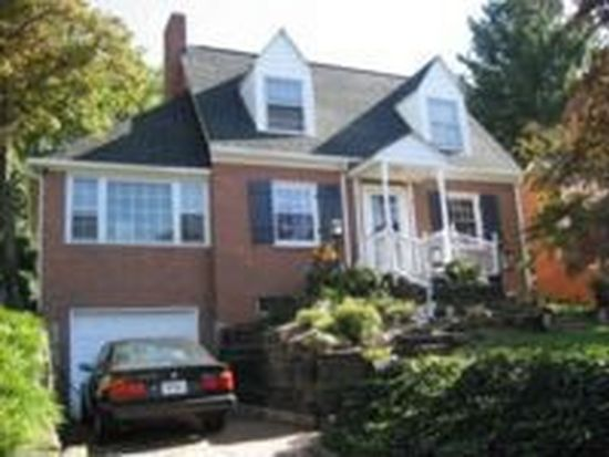 2472 Livingston Rd SW, Roanoke, VA 24015