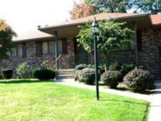 1355 Monticello Ave, Hermitage, PA 16148