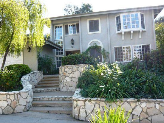 22836 Pera Rd, Woodland Hills, CA 91364
