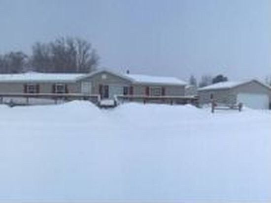 10515 W Rosted Rd, Lake City, MI 49651