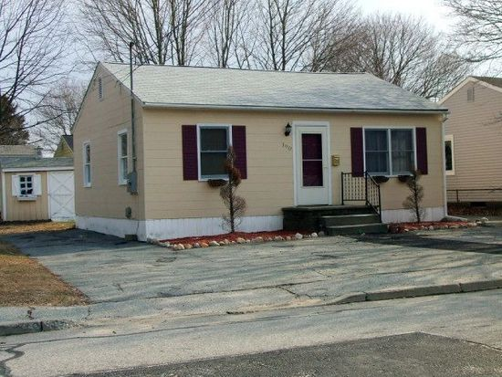 190 Midway Oval, Groton, CT 06340