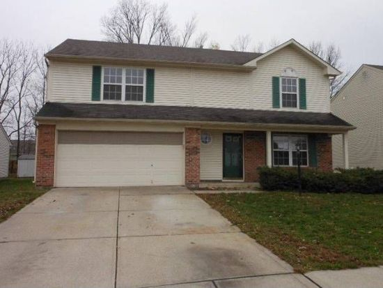 5829 Woodcote Dr, Indianapolis, IN 46221