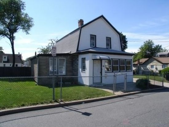 131 Roquette Ave, Elmont, NY 11003