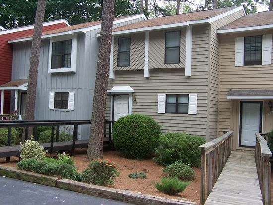 5754 Forest Lawn Ct, Raleigh, NC 27612