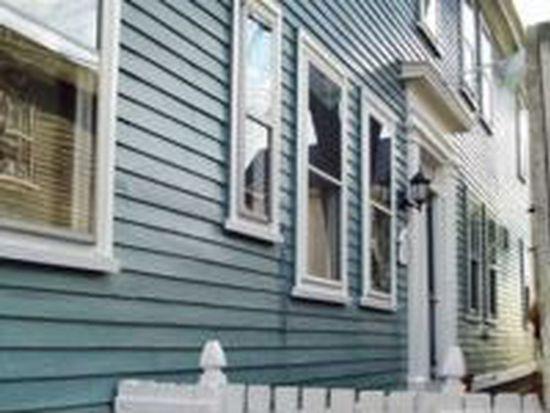 6 Daniels St APT 2F, Salem, MA 01970