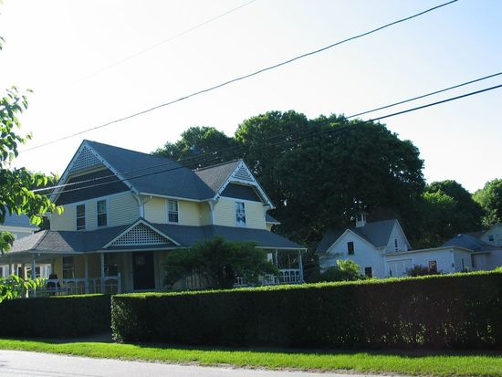 79 Cady Ave, Warwick, RI 02889