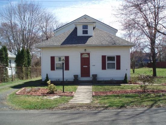 3207 Reading Ave, Feasterville Trevose, PA 19053
