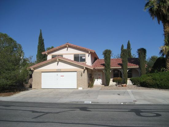 5262 Holbrook Dr, Las Vegas, NV 89103