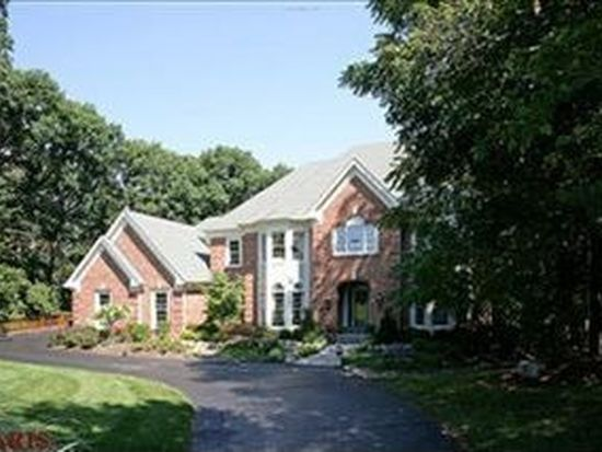 16519 Kingspointe Lake Ln, Chesterfield, MO 63005