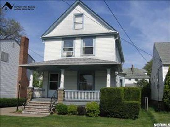 1523 Lauderdale Ave, Lakewood, OH 44107