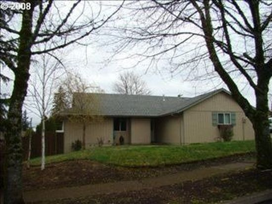 38035 Sandy Heights St, Sandy, OR 97055