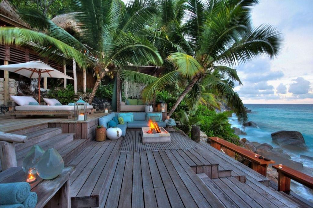 tropical-deck-design-level