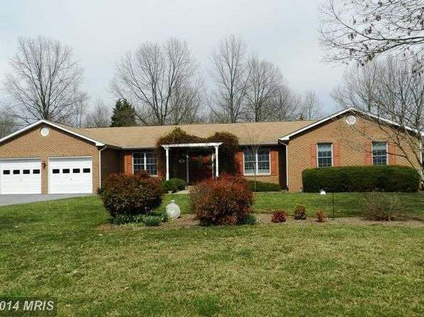 3 bed 2.5 bath Single Family at 24 Bobwhite Ct La Plata, MD, 20646 is for sale at 359k - 1 of 60