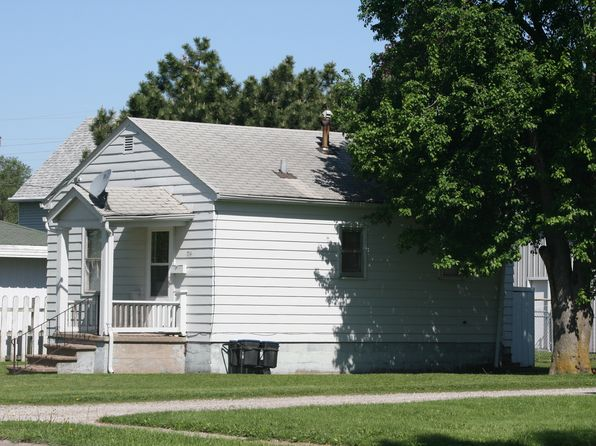 1 bed 1 bath Single Family at 714 E 3rd St Washington, IA, 52353 is for sale at 35k - google static map
