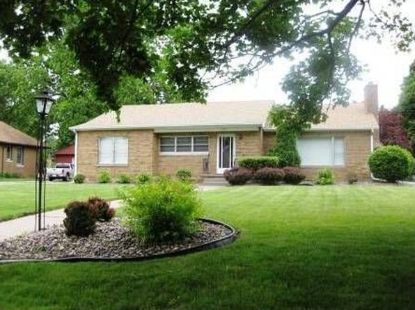 3 bed 3 bath Single Family at 2100 20 1/2 Ave Rock Island, IL, 61201 is for sale at 170k - 1 of 20