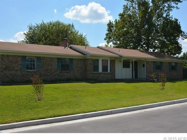 3 bed 1.5 bath Single Family at 8932 E 50th St Tulsa, OK, 74145 is for sale at 93k - 1 of 23