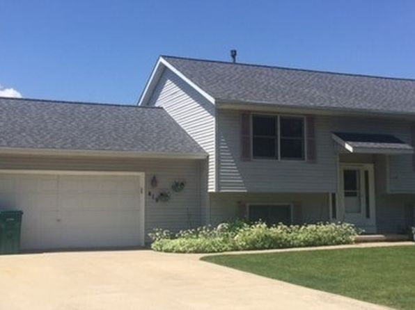 4 bed 2 bath Single Family at 419 Forest View Dr Genoa, IL, 60135 is for sale at 162k - 1 of 8